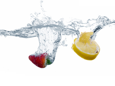 strawberry and lemon dropped in water
