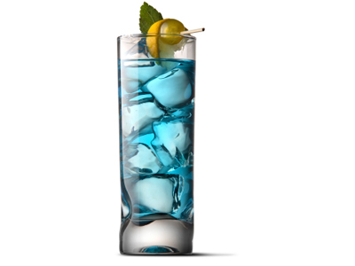 glass of blue drink with ice in it